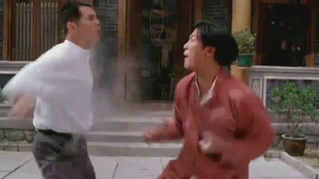Jet Li fight scene / Jetli dövüş sahnesi