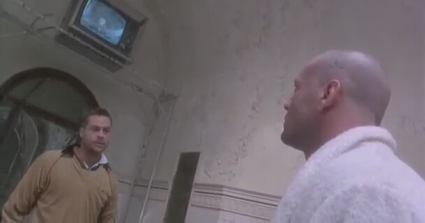 12 Maymun - Brad Pitt Akıl Hastanesi Sahnesi