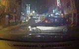 Kore'de Sarhoş Adamı Ezen Beceriksiz Kadın Sürücü