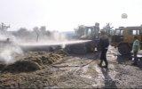 Çanakkale'de saman yüklü tıra yıldırım isabet etti