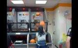 Basket Atma Oyununda Rekor Üstüne Rekor Kıran Çinli Kız