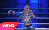 Iggy Azalea - Fuck Love (Canlı Performans - Vevo Certified SuperFanFest)