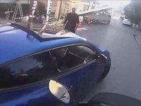 Trafikte Makas Atarken Gopro'ya Takılmak