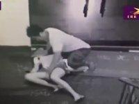 Kafaya Vura Vura Cinsel Tacizde Bulunan Adam